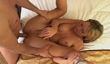Sexy Blonde Jessi Summers Ass Pounded By Large Cock
